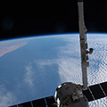 2015_04_14_spacex-dragon-120